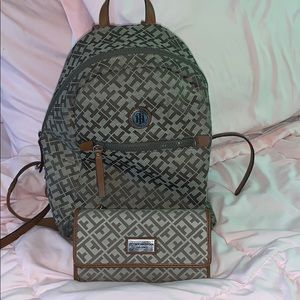 COPY - Tommy Hilfiger backpack and wallet set